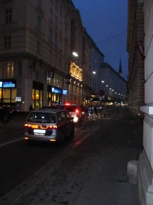 Polizeiabsperrung in der Herrengasse, 24.01.2014,  16:56